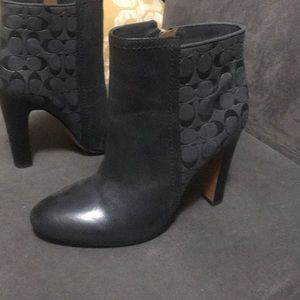 New Gray ankle boots